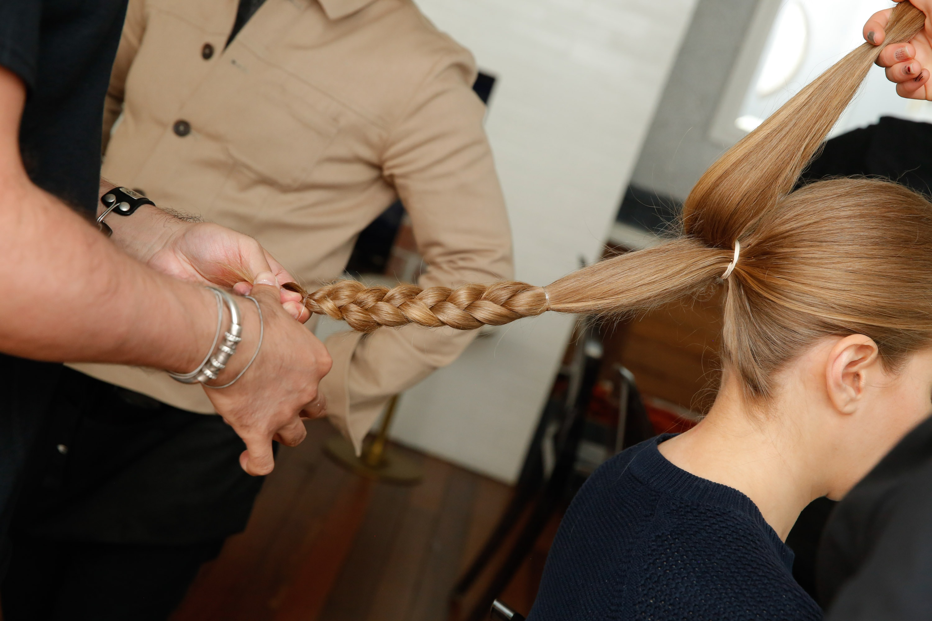 10 Easy Ways To Wear Your Hair On Busy School Mornings