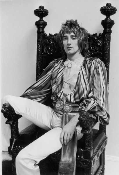British singer and songwriter Rod Stewart, 12th September 1973. (Photo by Roy Jones/Evening Standard/Getty Images)